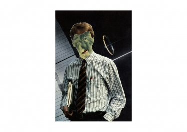 Alien Employee - Returning Home - Bono Mourits
